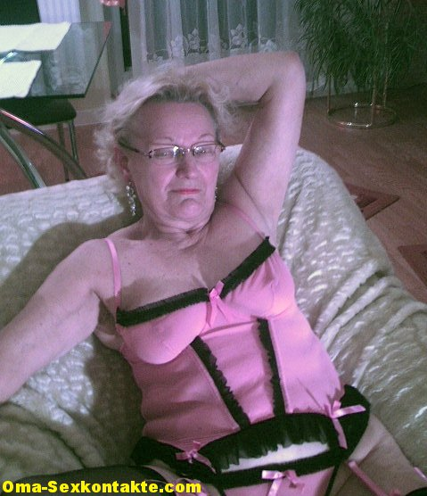 sexkontakte oma alte oma sucht sex