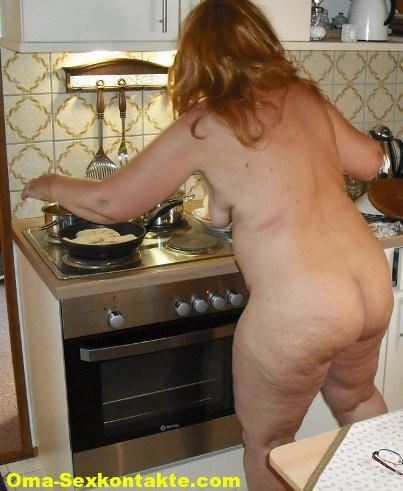 Unbefriedigte-hausfrau in Zeigefreudige reife Hausfrau mag Sex in allen Stellungen