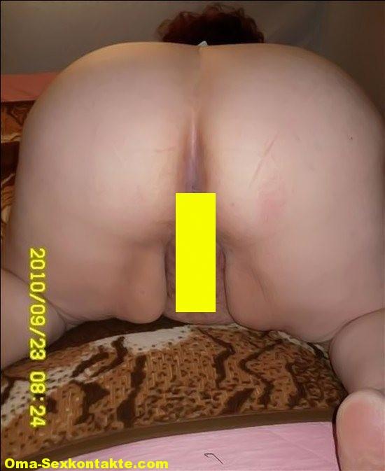 Fette-oma in Fette Oma mit dicken langen Schlauchtitten will heftig von mehreren Männern abgefickt werden