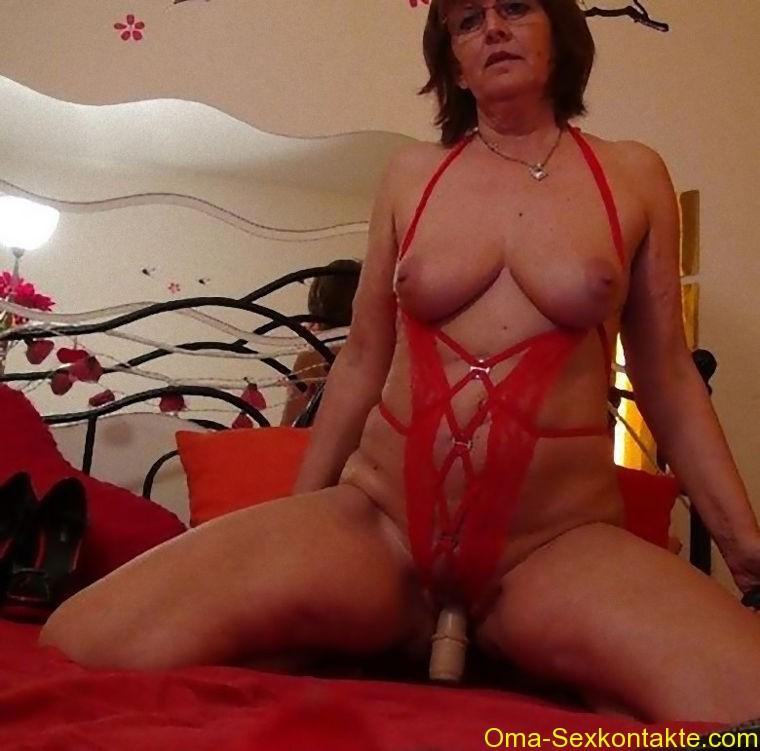 omasex pornos geile sex cam